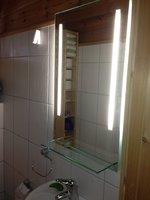 badspiegel zuschnitt wandspiegel kristallspiegel kaufen. Black Bedroom Furniture Sets. Home Design Ideas