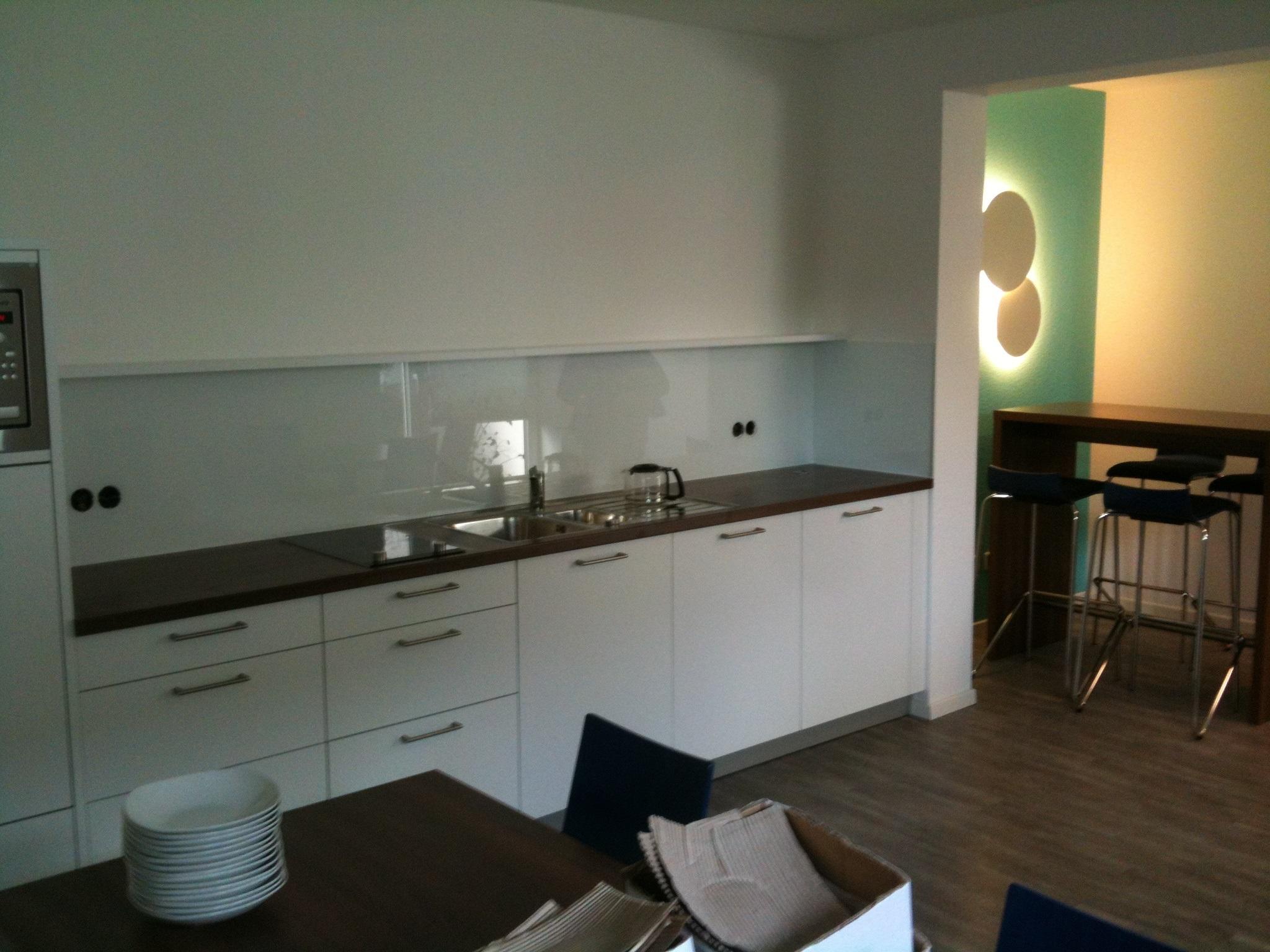 k chenr ckwandglas fliesenspiegel r ckwandglas. Black Bedroom Furniture Sets. Home Design Ideas