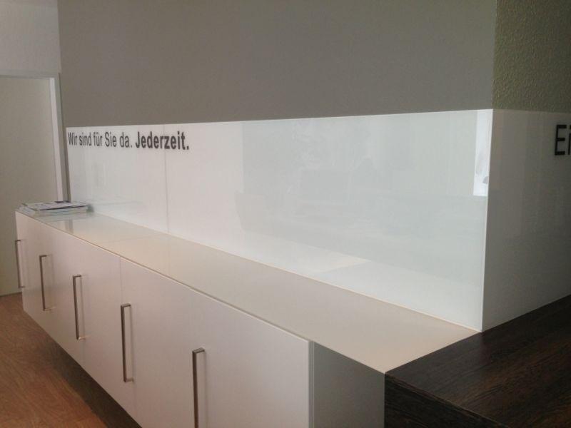 Emejing Wandverkleidung Küche Glas Gallery - Milbank.us - milbank.us